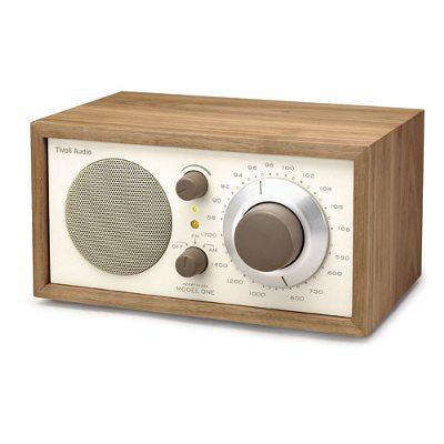 model-one-radio-classicsaksanpaehkinae