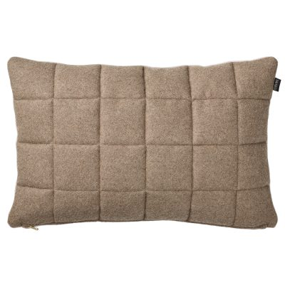 quilted-tyyny-60x40-nudesininen