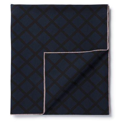 quilt-poeytaeliina-150x220-tummansininenmusta