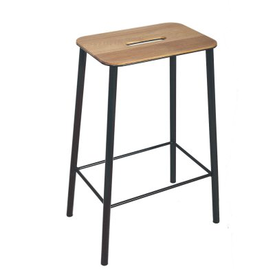 adam-stool-65-jakkara-tammimatta-musta