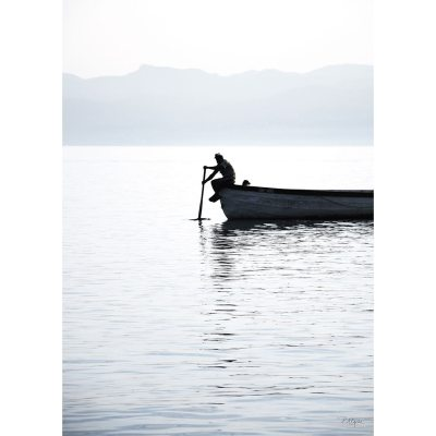 rower-on-the-lake-ii-juliste-30x40