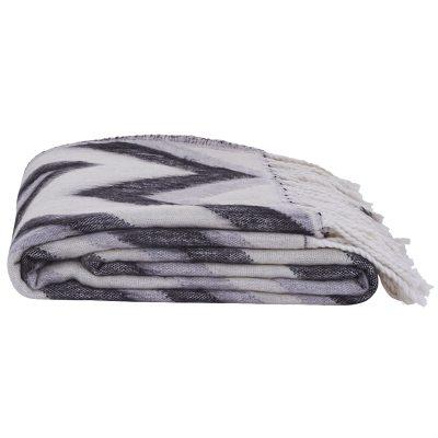 zig-zag-viltti-mustavalkoinenharmaa