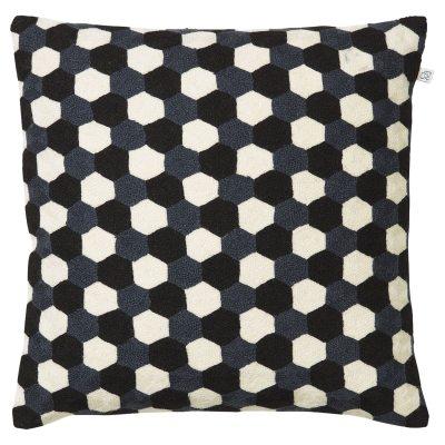 kasmanda-tyynynpaeaellinen-steelmustavalkoinen