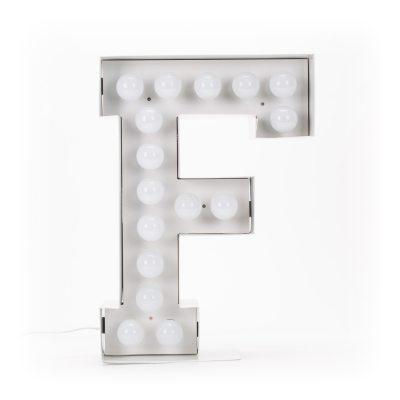 vegaz-lamppu-f