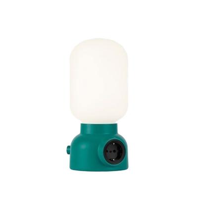 plug-lamp-poeytaevalaisin-vihreae