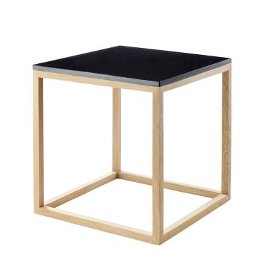 the-cube-sivupoeytae-s-musta-marmoritammi